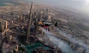 Πετώντας πάνω από το Dubai με ένα… Jetpack!