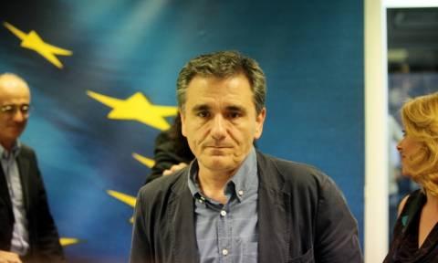 Συνάντηση Τσακαλώτου με την επιτετραμμένη της πρεσβείας των ΗΠΑ στην Ελλάδα