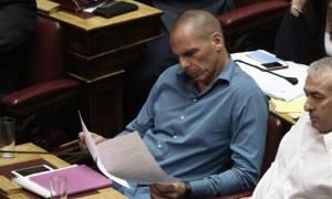 Στη Βουλή οι μηνυτήριες αναφορές κατά του Γ. Βαρουφάκη