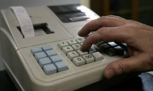 Νέα κρούσματα αδήλωτων φορολογικών ταμειακών μηχανών σε Σαντορίνη και Μύκονο