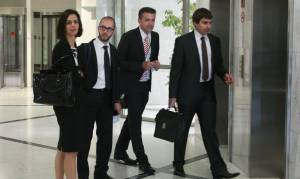 Στην Αθήνα οι εκπρόσωποι των θεσμών - Την Πέμπτη αναμένεται τελικά η Βελκουλέσκου