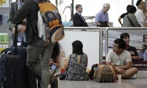 Ιταλία: Σταμάτησαν οι απογειώσεις στο αεροδρόμιο της Ρώμης λόγω πυρκαγιάς