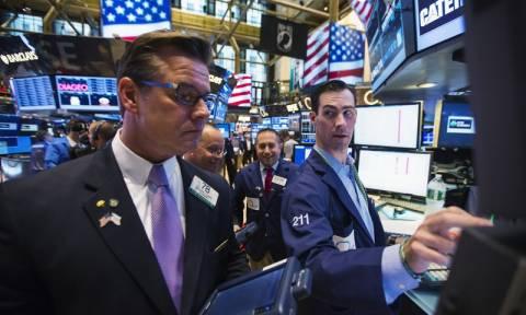 Με άνοδο έκλεισαν οι δείκτες στη Wall Street
