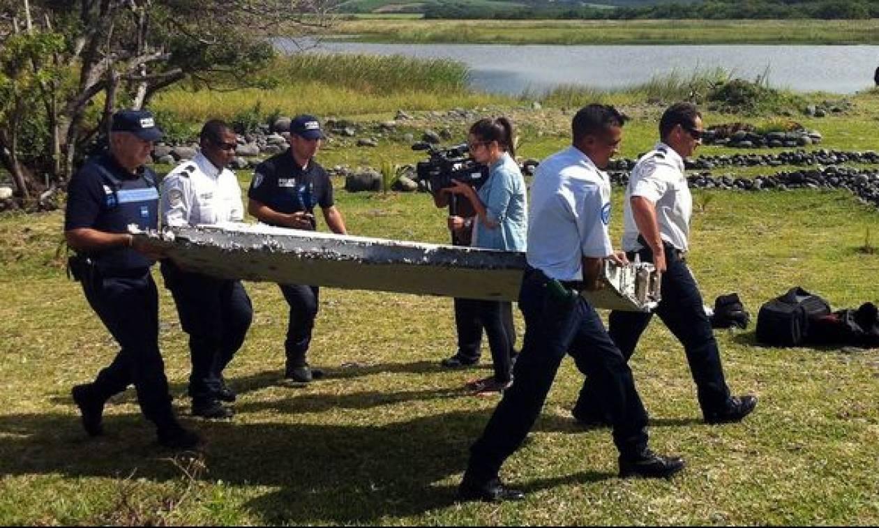 Εξετάζεται τμήμα αεροπλάνου σε νησί του Ινδικού για τυχόν σχέση με το χαμένο Boeing