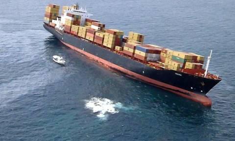Συναγερμός για εισροή υδάτων στο φορτηγό πλοίο που προσάραξε ανατολικά των Κυθήρων