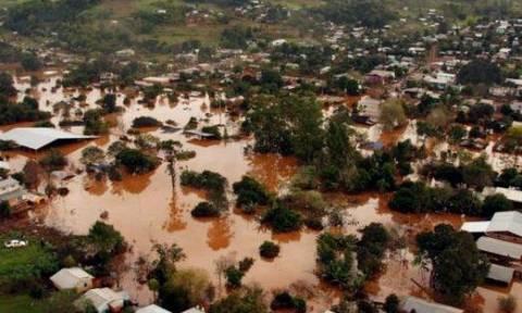 Παραγουάη: Πλημμύρες στην Ασουνσιόν «εκτόπισαν» 40.000 άτομα