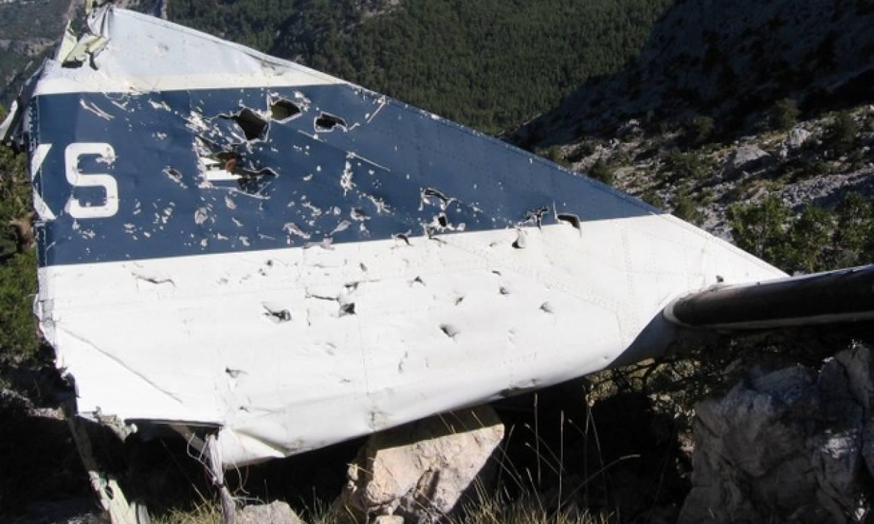 Το δυστύχημα που συγκλόνισε την Ελλάδα το 1989: Σαν σήμερα η πτώση του αεροσκάφους στη Σάμο (vid)