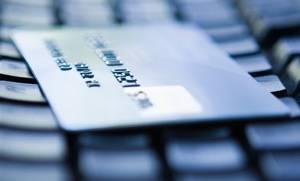 Οι ηλεκτρονικές συναλλαγές θα μπορούσαν να μειώσουν τουλάχιστον κατά 25% τη «μαύρη» οικονομία