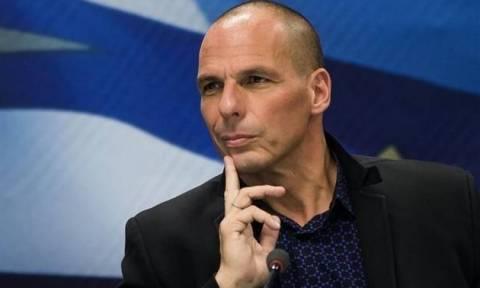 Παρέμβαση Σφακιανάκη για τα σενάρια «υποκλοπής» στα ΑΦΜ από τον Βαρουφάκη