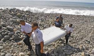 Πτήση ΜΗ370: Σύντομα οι απαντήσεις για τμήμα των συντριμμιών που εντοπίστηκε