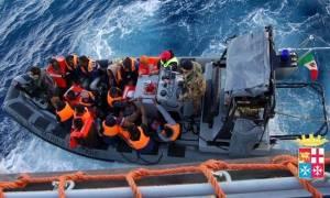 Ιταλία-Ναυάγιο: Οι διασωθέντες αναμένονται μετά το μεσημέρι στο Παλέρμο της Σικελίας