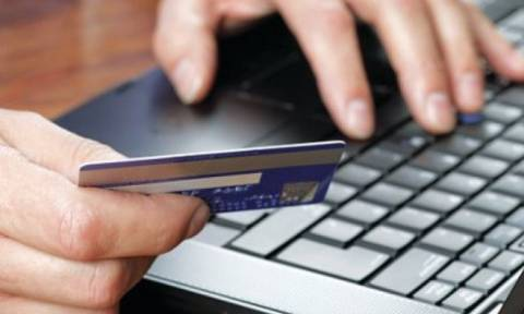 Capital controls: Τι ισχύει για τις αγορές με πιστωτικές κάρτες