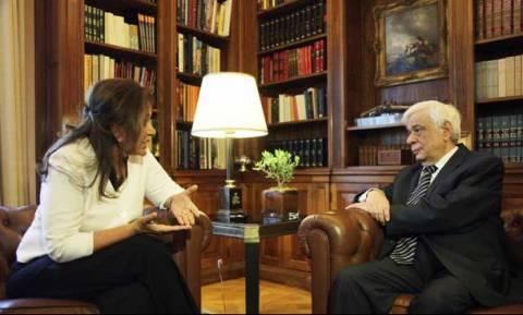 Για το μεταναστευτικό η συνάντηση Μπακογιάννη με τον Πρόεδρο της Δημοκρατίας