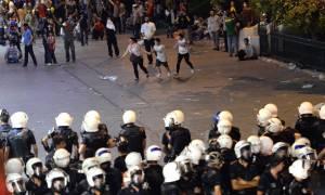 Τουρκία: Τρεις νεκροί και δεκάδες τραυματίες σε συγκρούσεις μεταξύ αστυνομικών και Κούρδων