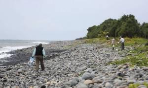 Ρεϊνιόν: Διακόπηκαν λόγω κακοκαιρίας οι έρευνες για συντρίμμια της MH370
