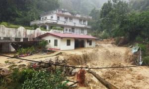 Ταϊβάν: Τέσσερις νεκροί από τον ισχυρότατο τυφώνα – Χάος στους δρόμους (video)