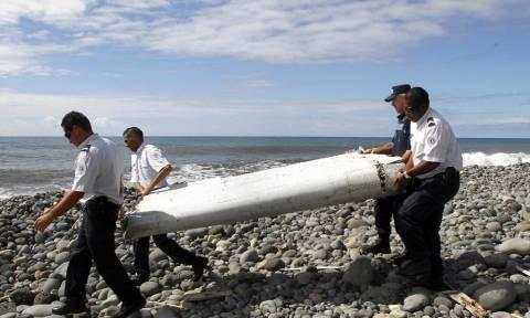 Νέο θρίλερ: Βρέθηκαν στις Μαλδίβες συντρίμμια του μοιραίου μαλαισιανού αεροσκάφους; (pics+vid)