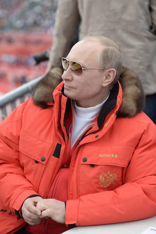RT: Πώς ντύνεται ο Βλαντίμιρ Πούτιν (pics)