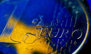 Handelsblatt: Στα 90 δισ.ευρώ εκτιμά το ΔΝΤ το νέο δάνειο προς την Ελλάδα
