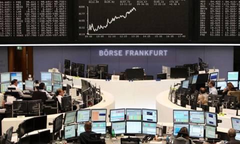 Με απώλειες οι αγορές της Ευρώπης