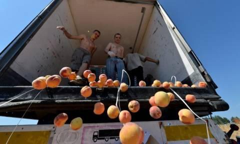 H Μόσχα αναμένεται να επιβάλει και σε άλλες χώρες εμπάργκο στις εισαγωγές τροφίμων