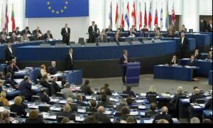 Σοσιαλιστές και Φιλελεύθεροι του Ευρωκοινοβουλίου χαιρετίζουν τη συμφωνία