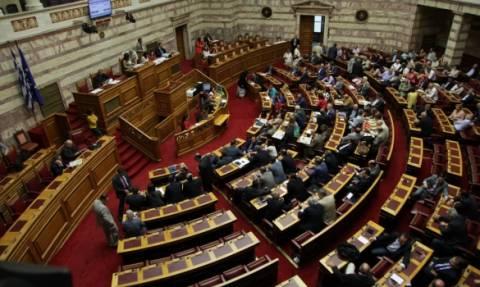 Κοινοβουλευτικός μαραθώνιος για την ψήφιση του μνημονίου