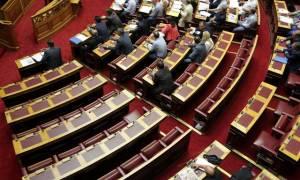 Βουλή: Παρατείνεται η συνεδρίαση των Επιτροπών