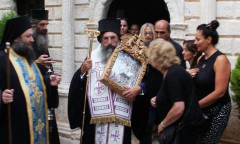 Μεταφορά Εικόνας στο Προσκύνημα Παναγίας Χαρακιανής Μυλοποτάμου