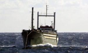 Τα πλήγματα των τουρκικών αρχών στα «πλοία φαντάσματα» εξηγούν τη ροή μεταναστών στην Ελλάδα