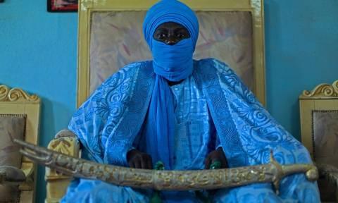 Abumbi II: O βασιλιάς με τις 100 συζύγους