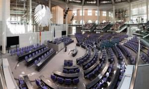 Γερμανοί Πράσινοι: Απαιτείται ελάφρυνση του ελληνικού χρέους