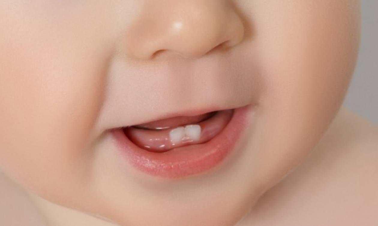 Ο κίνδυνος Πάρκινσον φαίνεται στα δόντια!