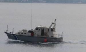 Βόλος: 22χρονος έπεσε με το αυτοκίνητο στη θάλασσα