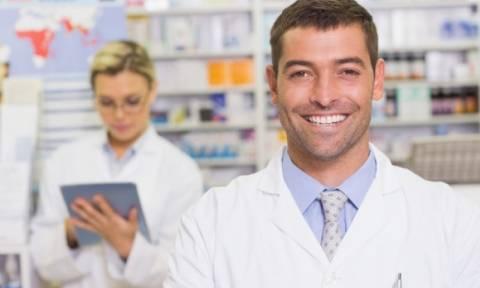Έρχεται η υπουργική απόφαση για το ιδιοκτησιακό καθεστώς των φαρμακοποιών