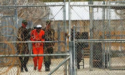 ΗΠΑ: «Βέτο» από το υπουργείο Δικαιοσύνης στην απελευθέρωση απεργού πείνας στο Γκουαντάναμο