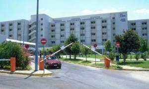 Αιματηρή συμπλοκή τα ξημερώματα στο Ρίο - Στο νοσοκομείο μαχαιρωμένος ένας νεαρός