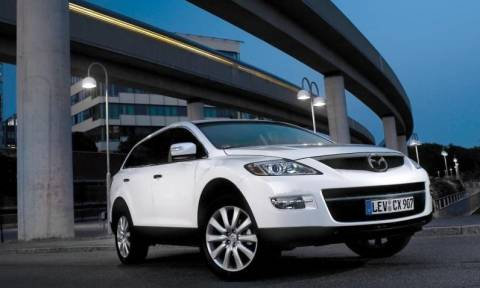 Mazda: Ανακαλεί 193.000 CX-9