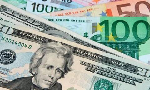 Συνάλλαγμα: Το ευρώ υποχωρεί κατά 0,39% στα 1,1071 δολάρια
