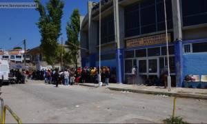 Λέσβος: Παραμένουν εγκλωβισμένοι χιλιάδες μετανάστες - Σύσκεψη για την επίλυση του προβλήματος