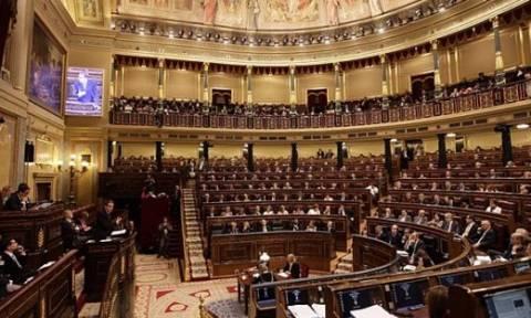 Εγκρίνεται κι από το ισπανικό κοινοβούλιο το σχέδιο διεθνούς βοήθειας στην Ελλάδα