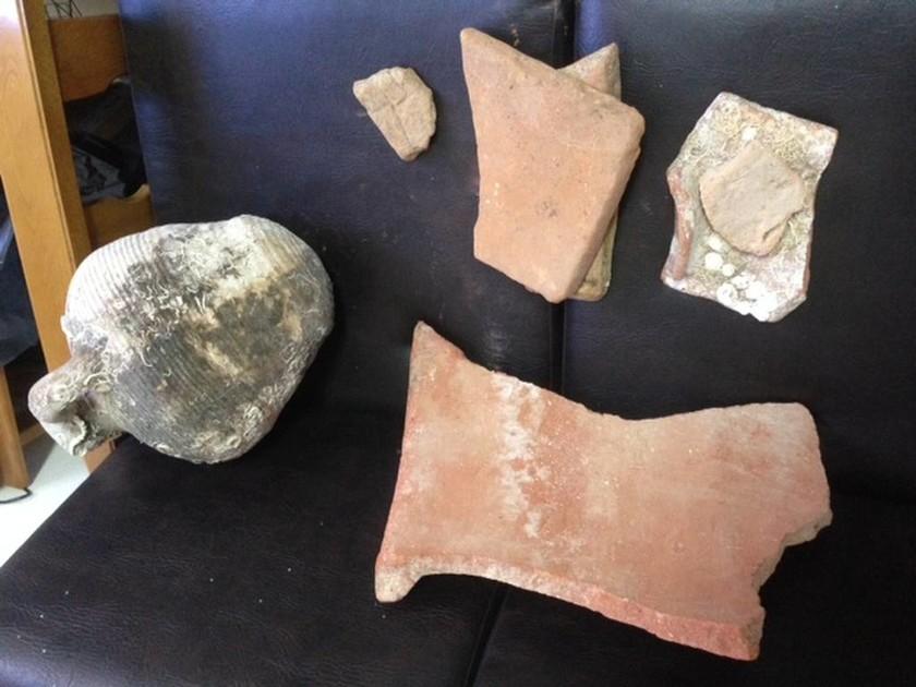 Συνελήφθη 51χρονος για καλλιέργεια κάνναβης και κατοχή αρχαίων αντικειμένων (photos)