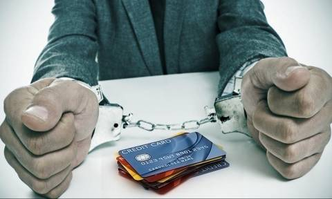 Αττική: Συνελήφθη 51χρονος για απάτες κατ΄εξακολούθηση με πιστωτικές κάρτες