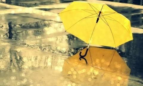 Καιρός: Επιμένουν οι βροχές και υψηλές θερμοκρασίες