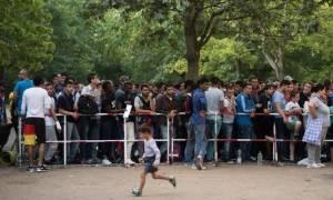 Γερμανία: Το Βερολίνο αναμένει ότι θα υποδεχθεί 800.000 αιτούντες άσυλο το 2015