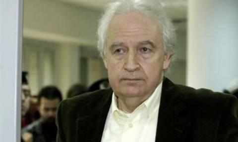 Πρόβλημα υγείας λόγω της απεργίας πείνας αντιμετωπίζει ο Αλ. Γιωτόπουλος