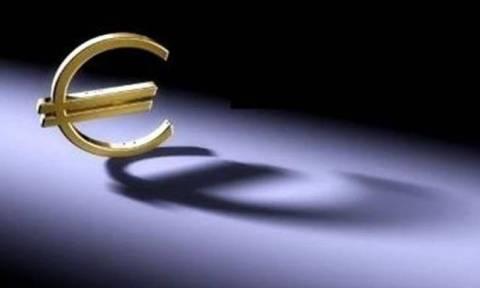 Συνάλλαγμα: Το ευρώ σημειώνει οριακή πτώση 0,02% στα 1,1120 δολάρια