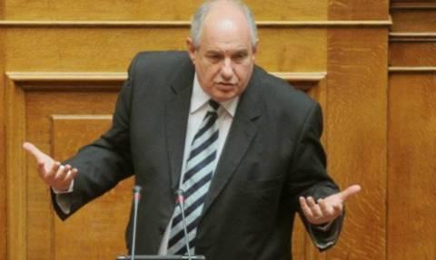 Κουίκ: Οι θησαυροί της Αμφίπολης ανήκουν στην Ελλάδα και όχι στα κόμματα