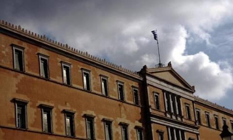 Κομισιόν: Κοινωνικά δίκαιο το νέο μνημόνιο- Το χρονικό της υπογραφής της συμφωνίας