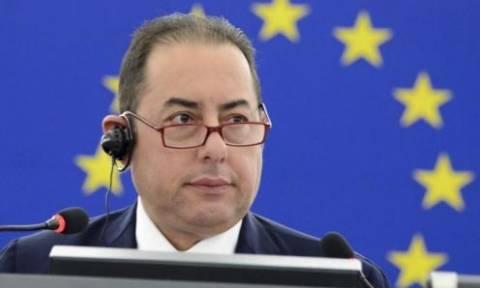 Πιτέλα: Στηρίζει το αίτημα Τσίπρα για εμπλοκή του ευρωκοινοβουλίου στη διαδικασία αξιολόγησης